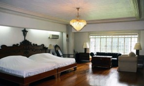 For Sale: 5 Bedroom Spacious House in Forbes Park Makati